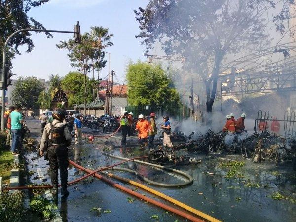 Ledakan Bom Di Gereja Santa Maria Surabaya